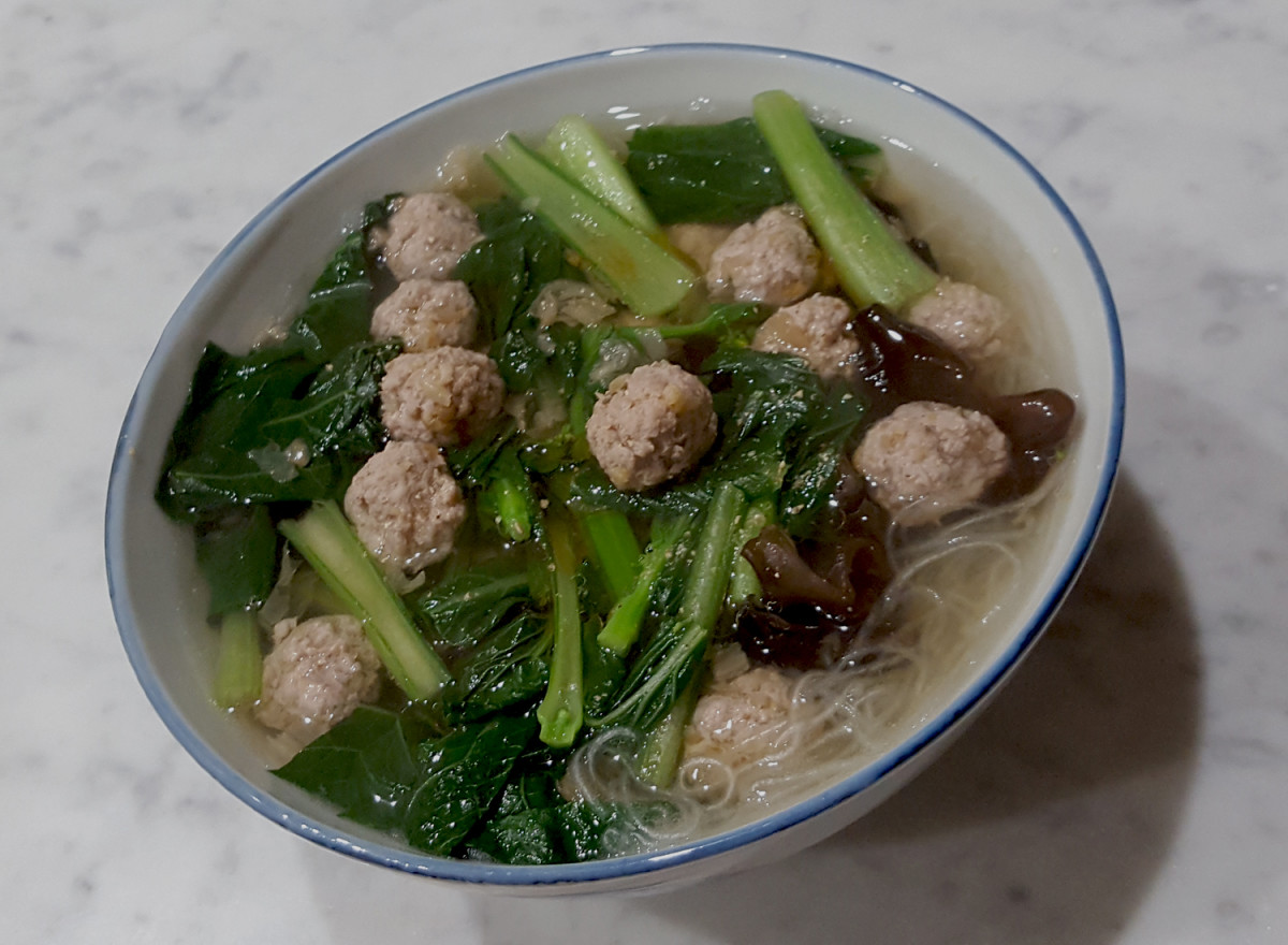 Dongcai pork balls with mung bean thread noodles in clear soup