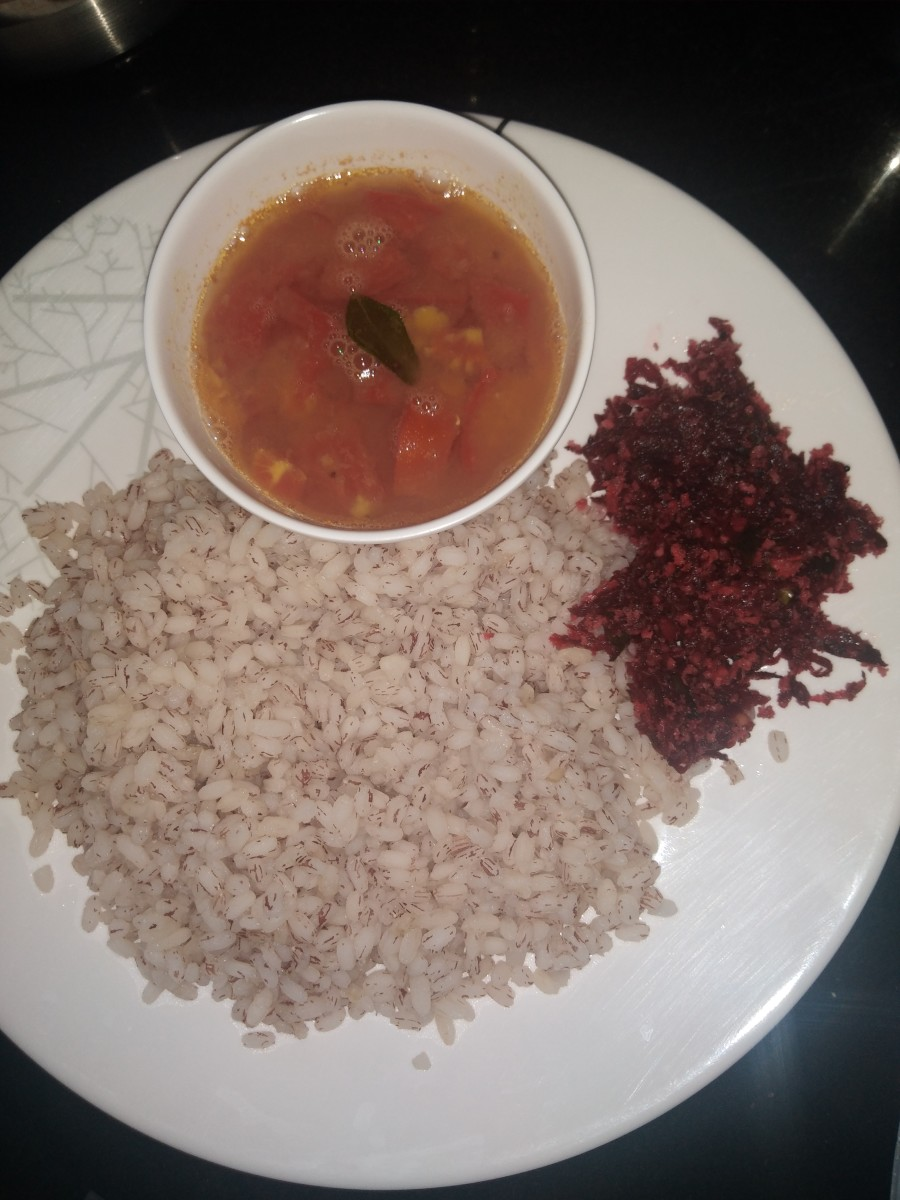 Serve hot with the combination of rice-sambar.