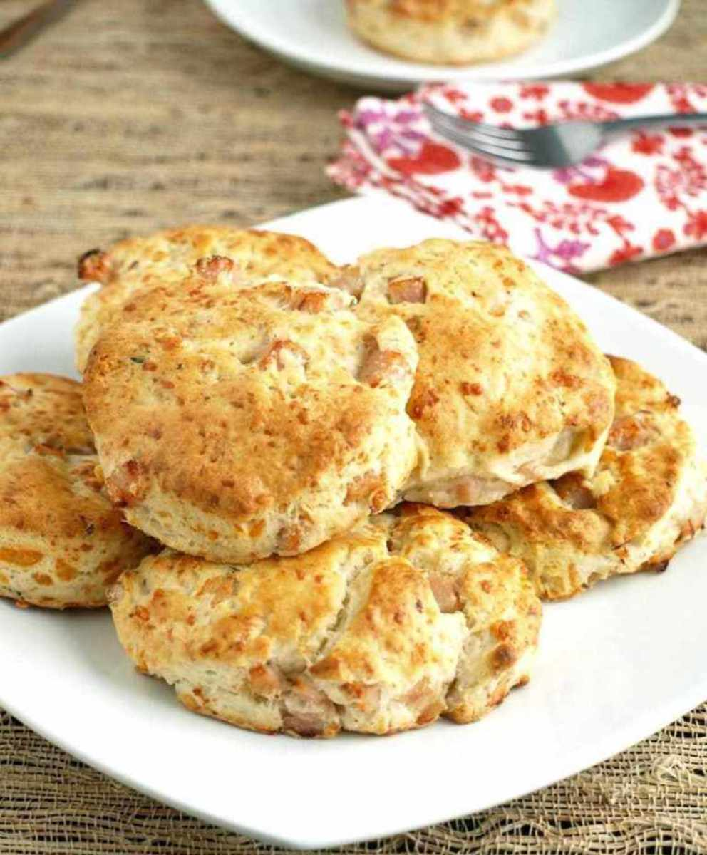 Turkey, thyme, and swiss scones