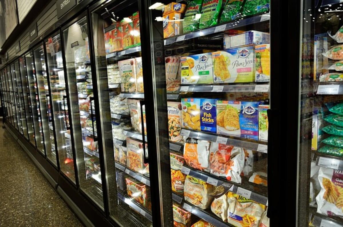 Prepare frozen meals in the oven