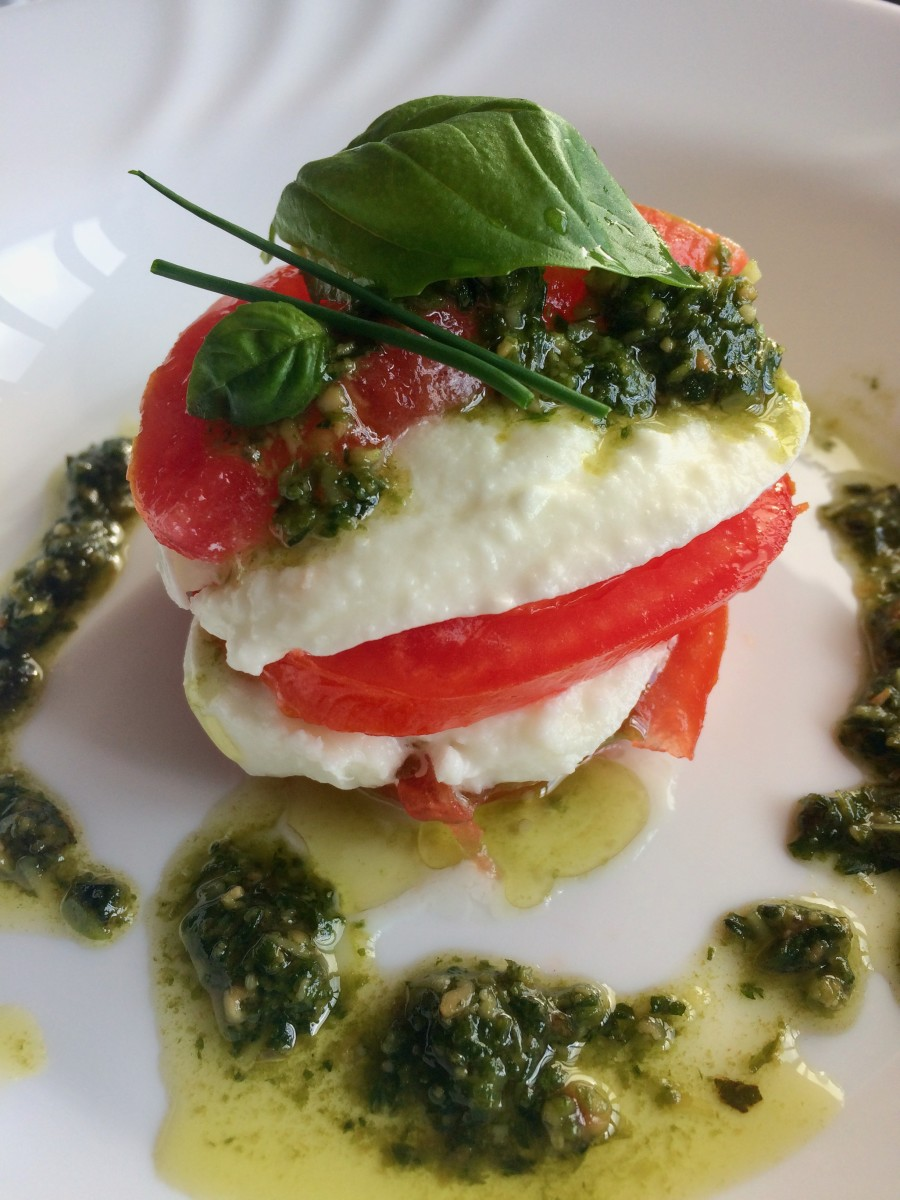 Buffalo Mozzarella Cheese with Beef Tomatoes and Basil Pesto
