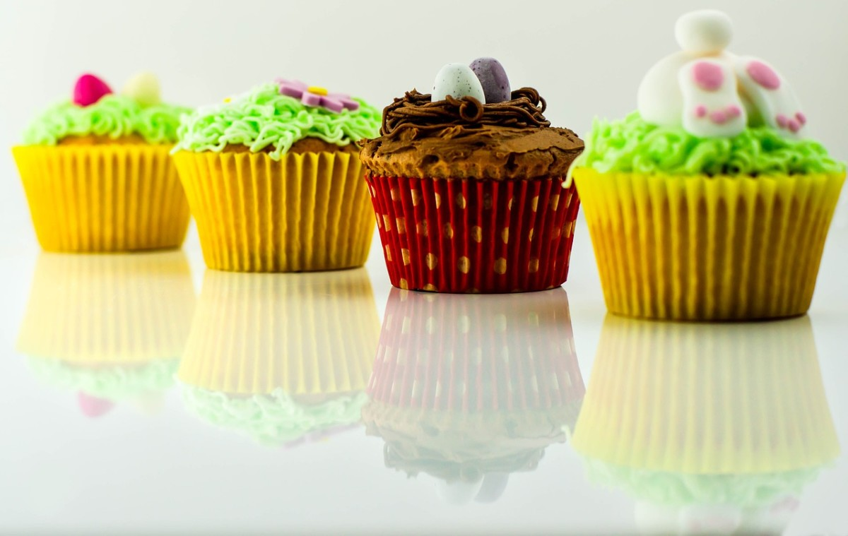 Have fun with your frosting. Add sprinkles, colorants and even sweets.