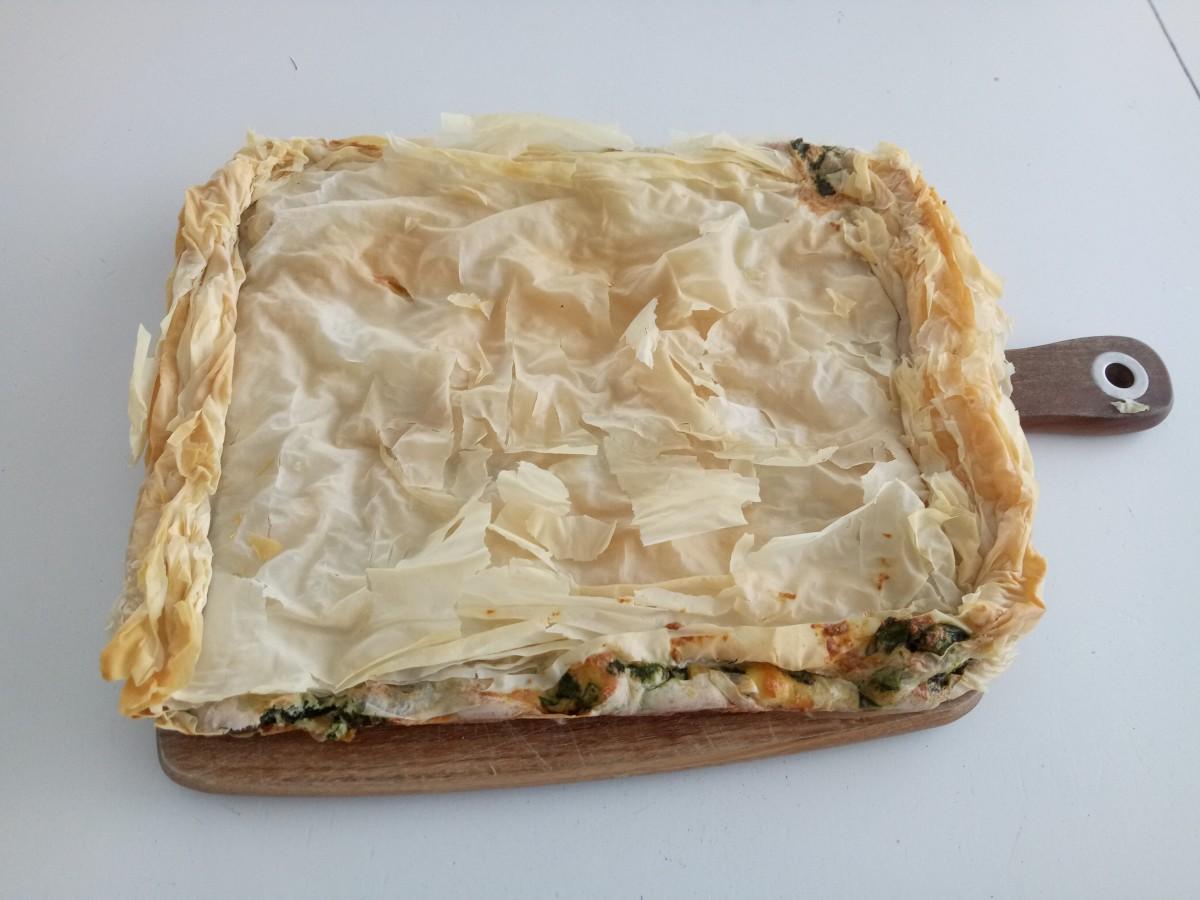 Greek spinach pie (spanakopita)