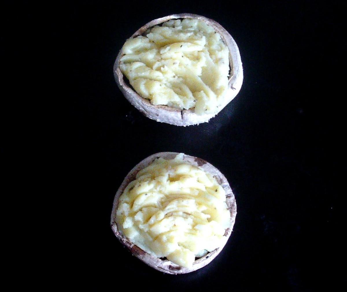 Potato stuffed mushrooms
