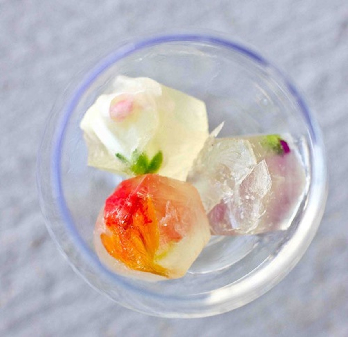 Frozen wine cubes with edible flowers