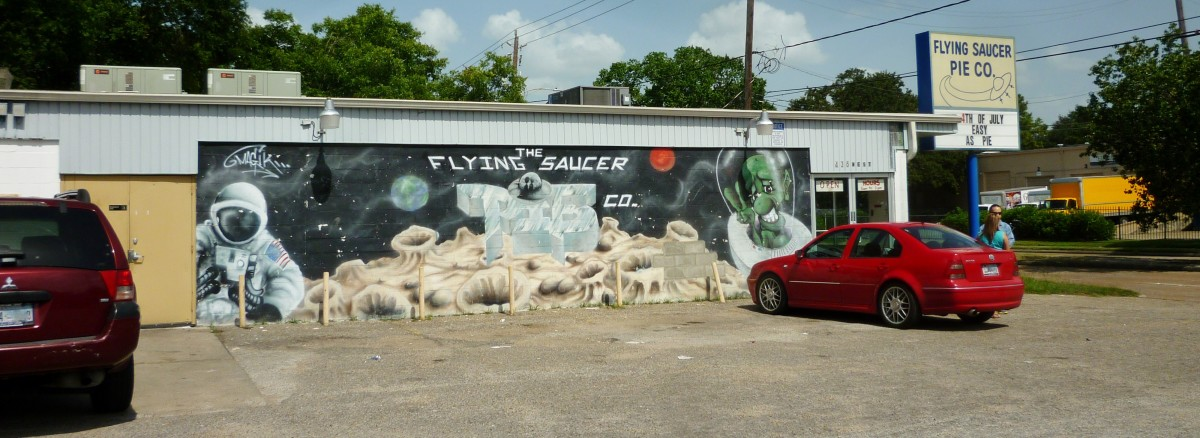 View of the mural at the Flying Saucer Pie Co.