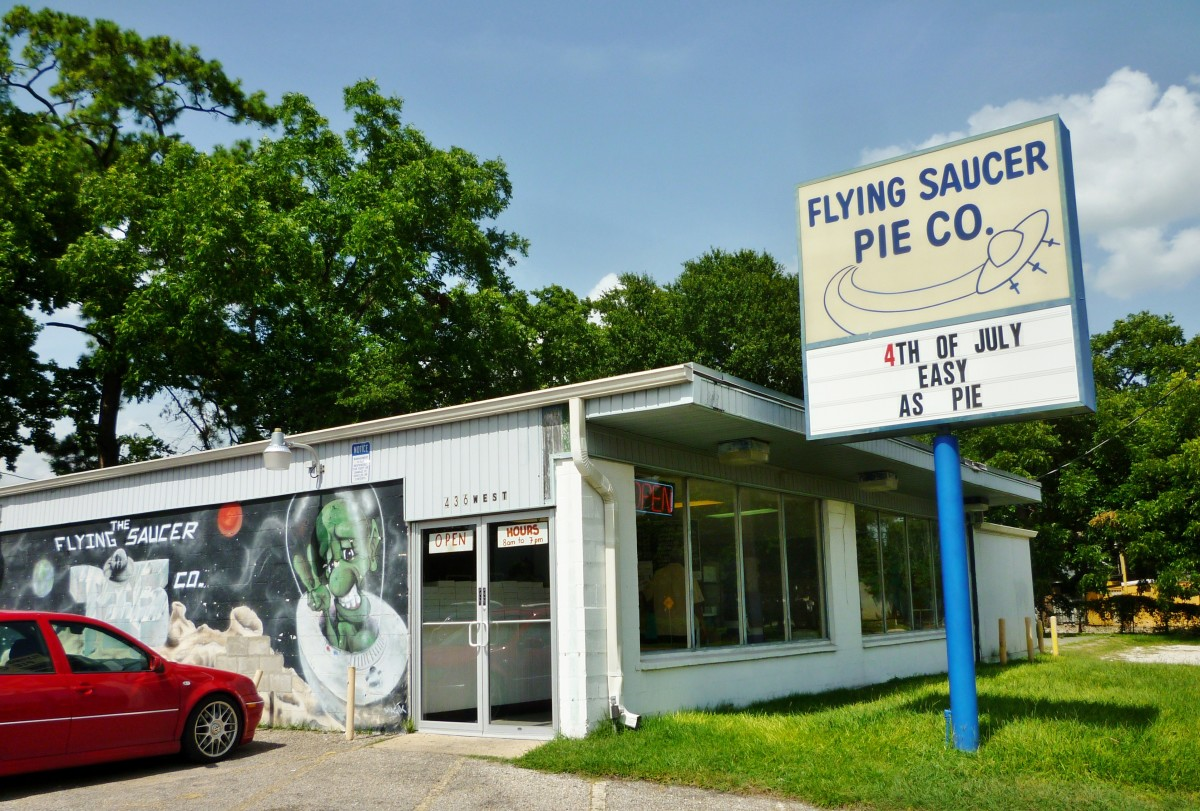 The Flying Saucer Pie Co.