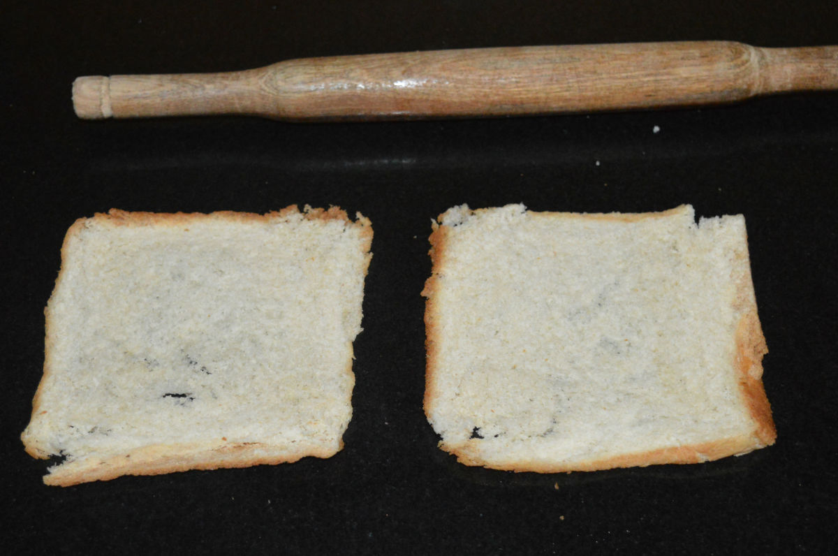 Step two: Roll the bread to make it thin and flat.