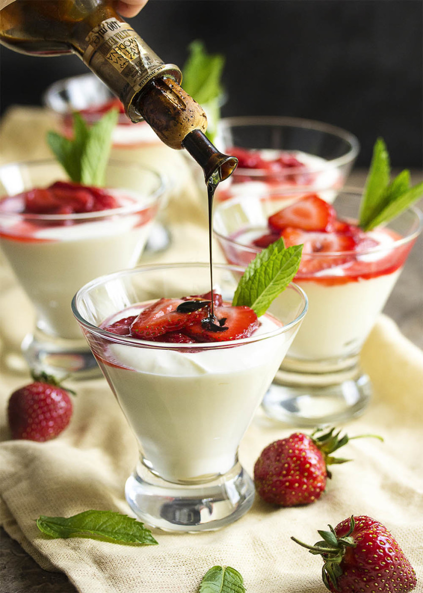 Strawberry balsamic mousse