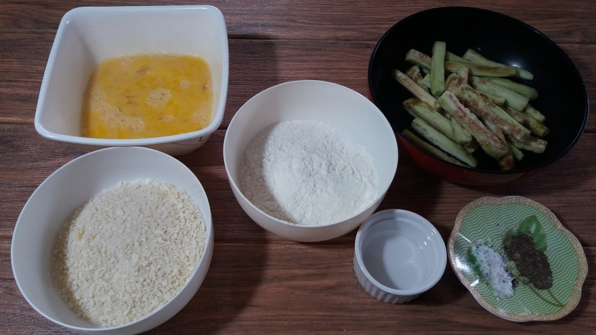 Ingredients for crunchy eggplant fries