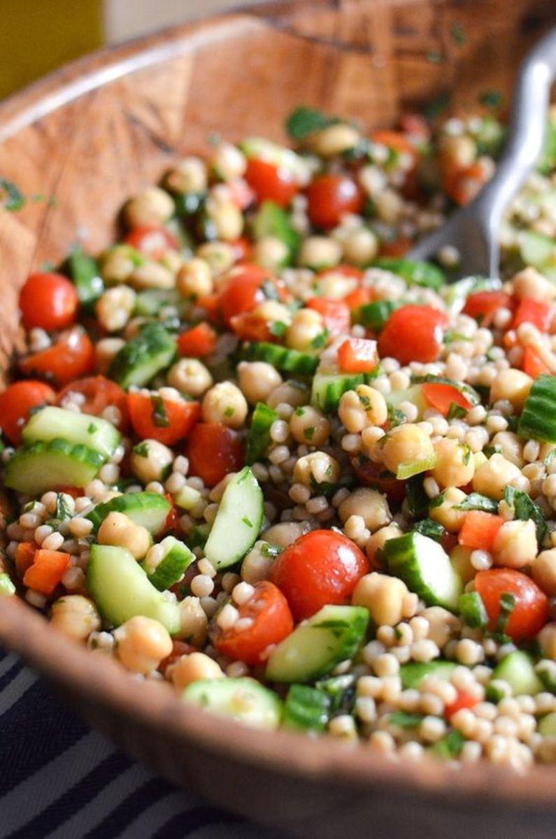 Whole wheat couscous and chickpea tabbouleh salad