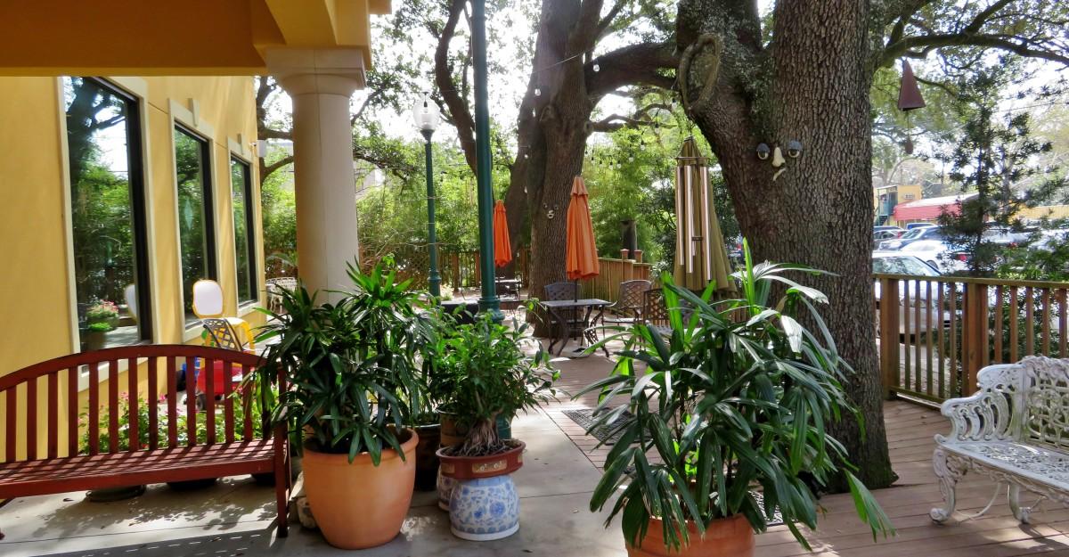 Beautiful outdoor patio area