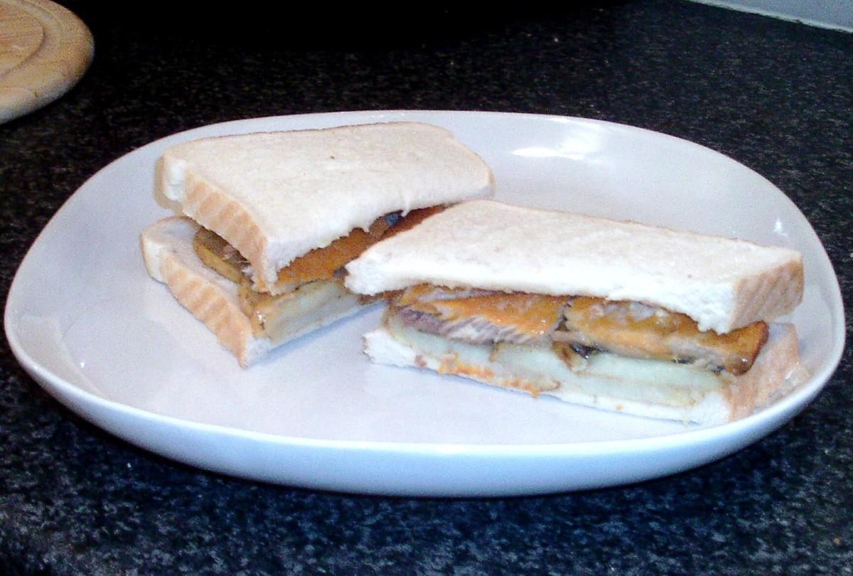 Fried Potatoes and Kipper Sandwich