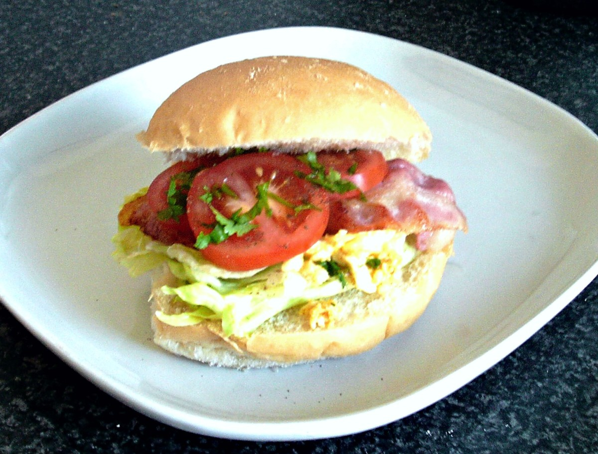 BLT with turmeric mashed egg is ready to serve
