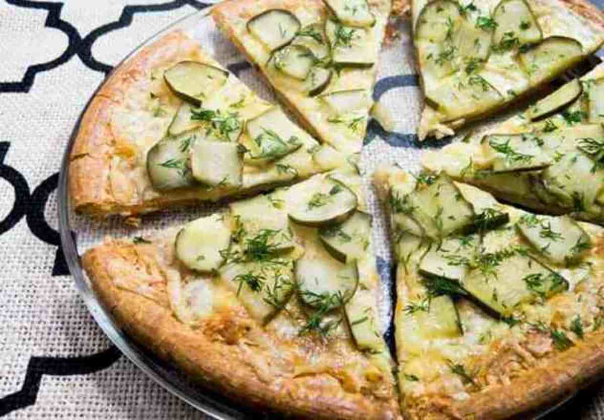 Garlic-lover's dill pickle pizza