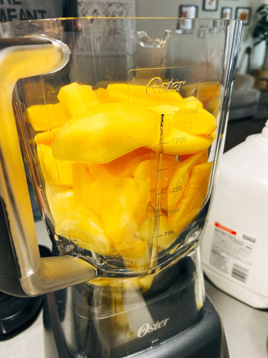 Combine the pineapple and mangoes.