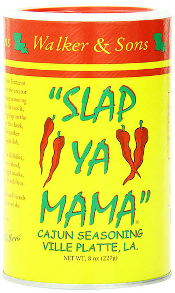 cajun-seasoning-blend-of-spices-in-one-container
