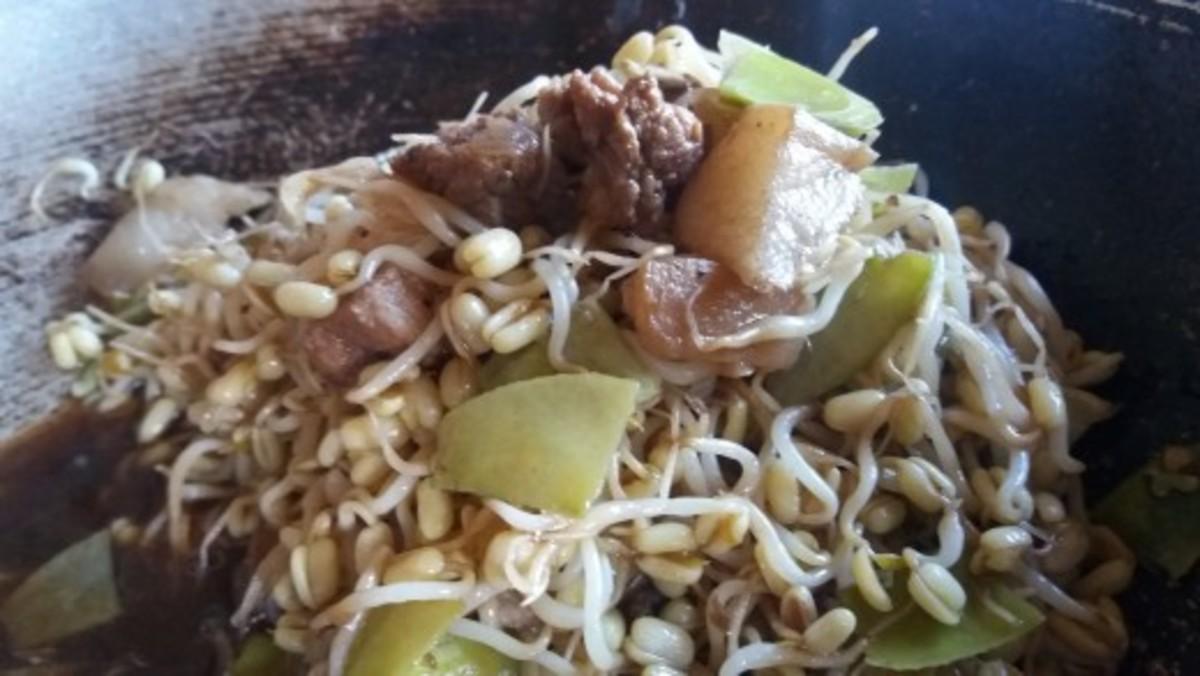 Ginisang togue at sitsaro recipe