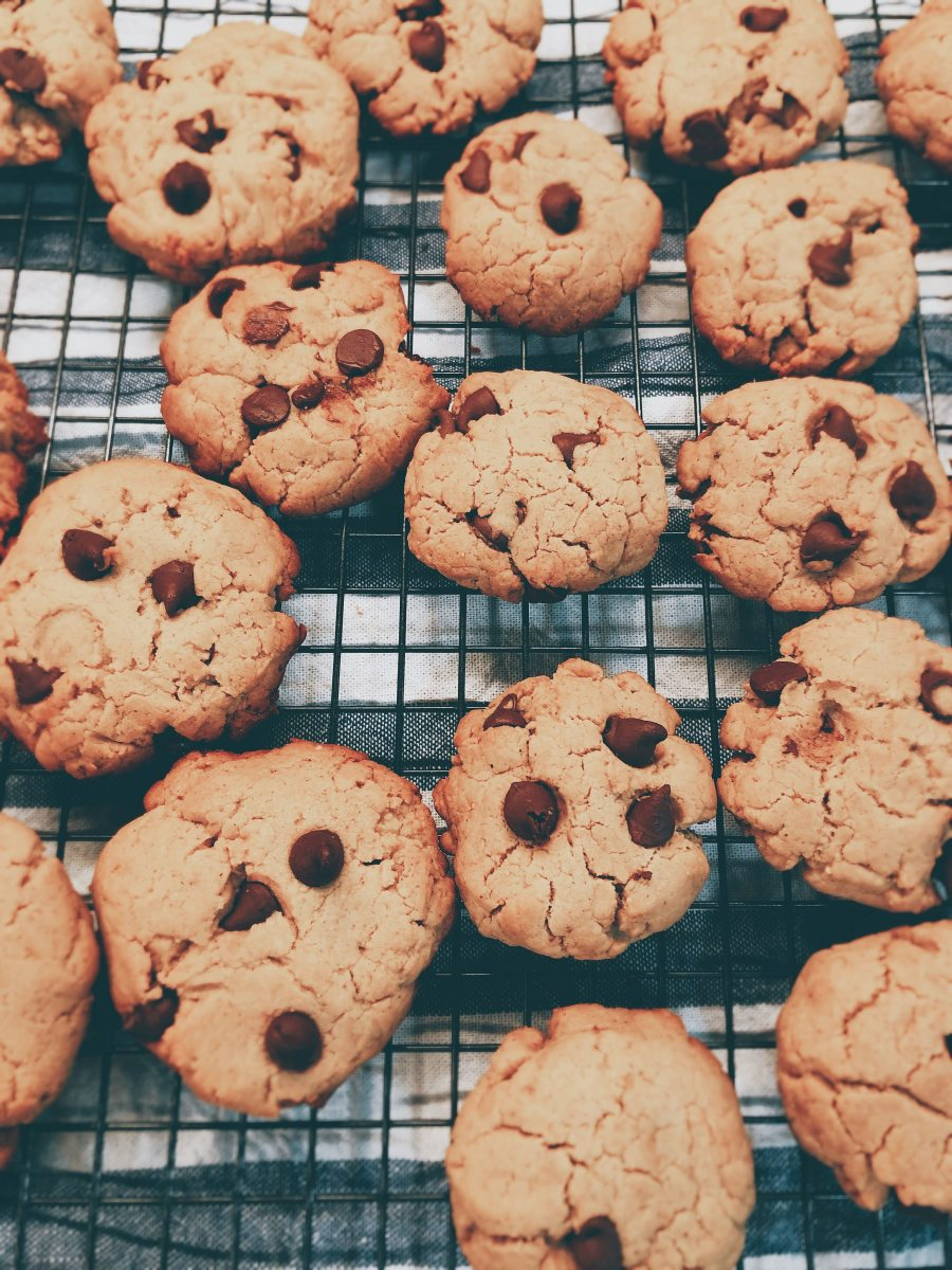 Did you know freshly baked cookies will last for about 2 to 3 weeks at normal room temperature?