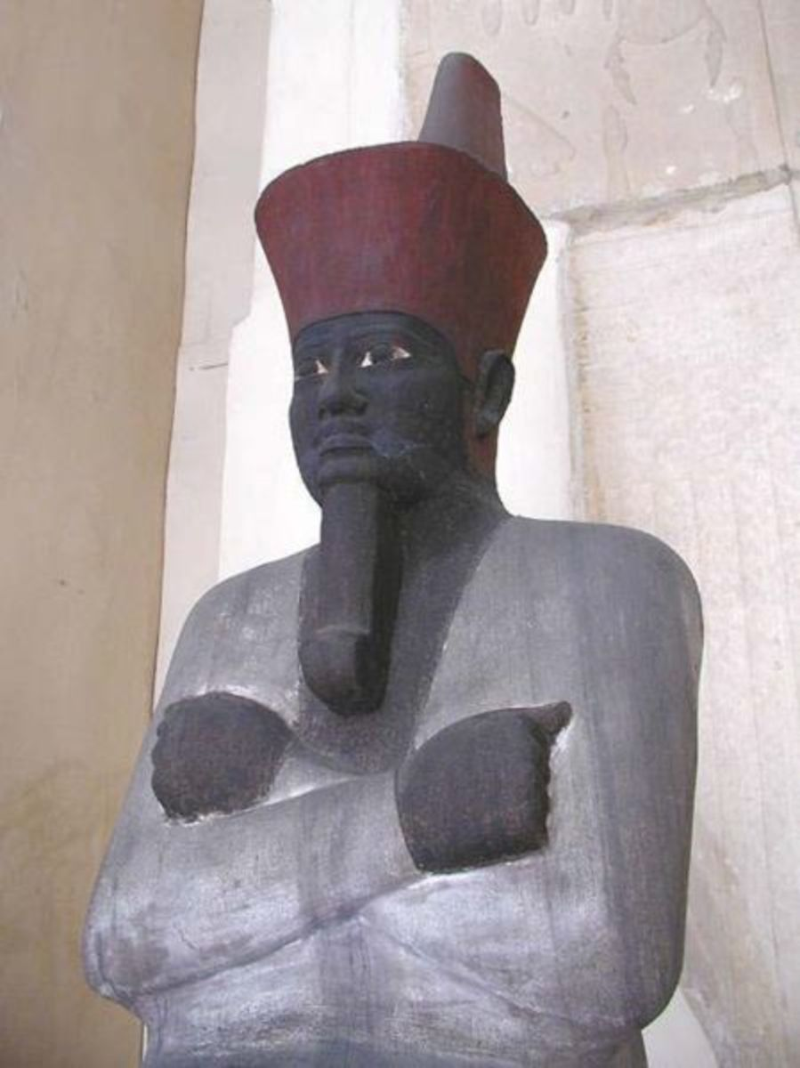 Mentuhoptep II, founder of the Middle Kingdom