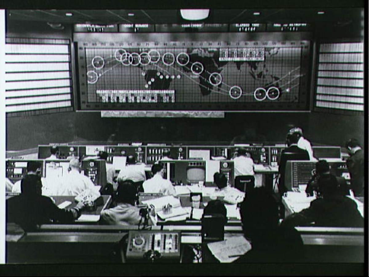 Mission Control tracks the flight of Freedom 7. Photo courtesy of NASA.