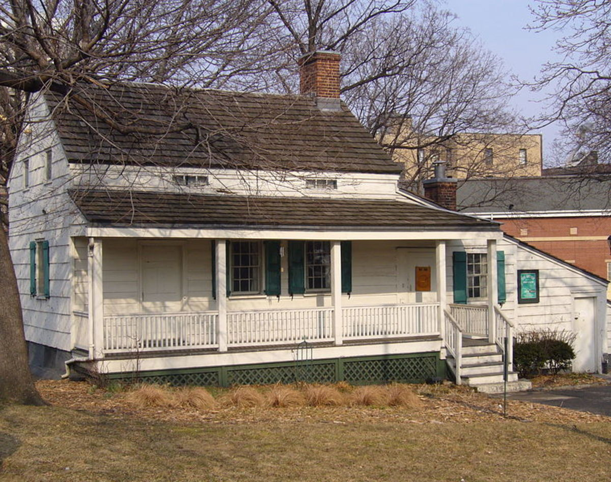 Cottage where Edgar, Virginia and Marie lived. Virginia died in this cottage.