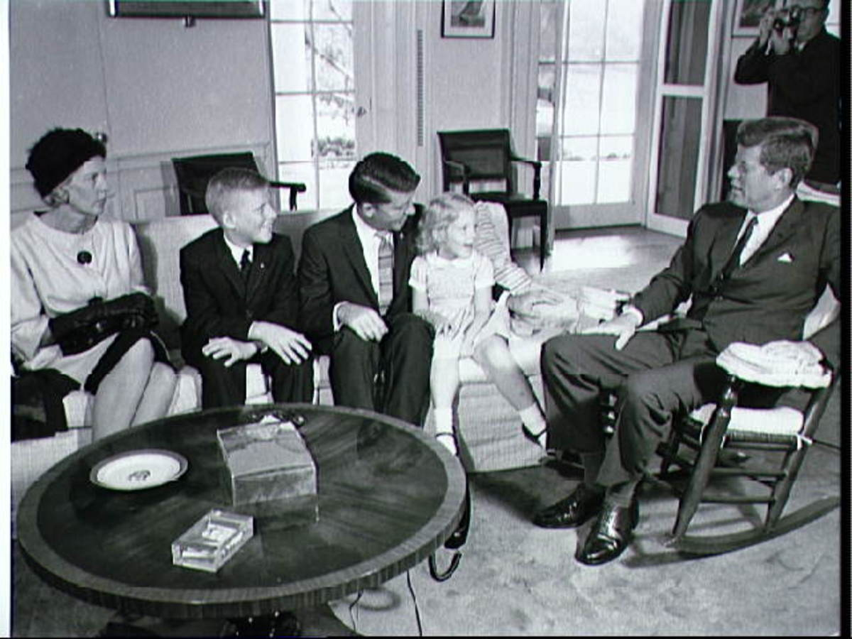 Wally Schirra and family meet President Kennedy following the Sigma 7 flight. Photo courtesy of NASA.