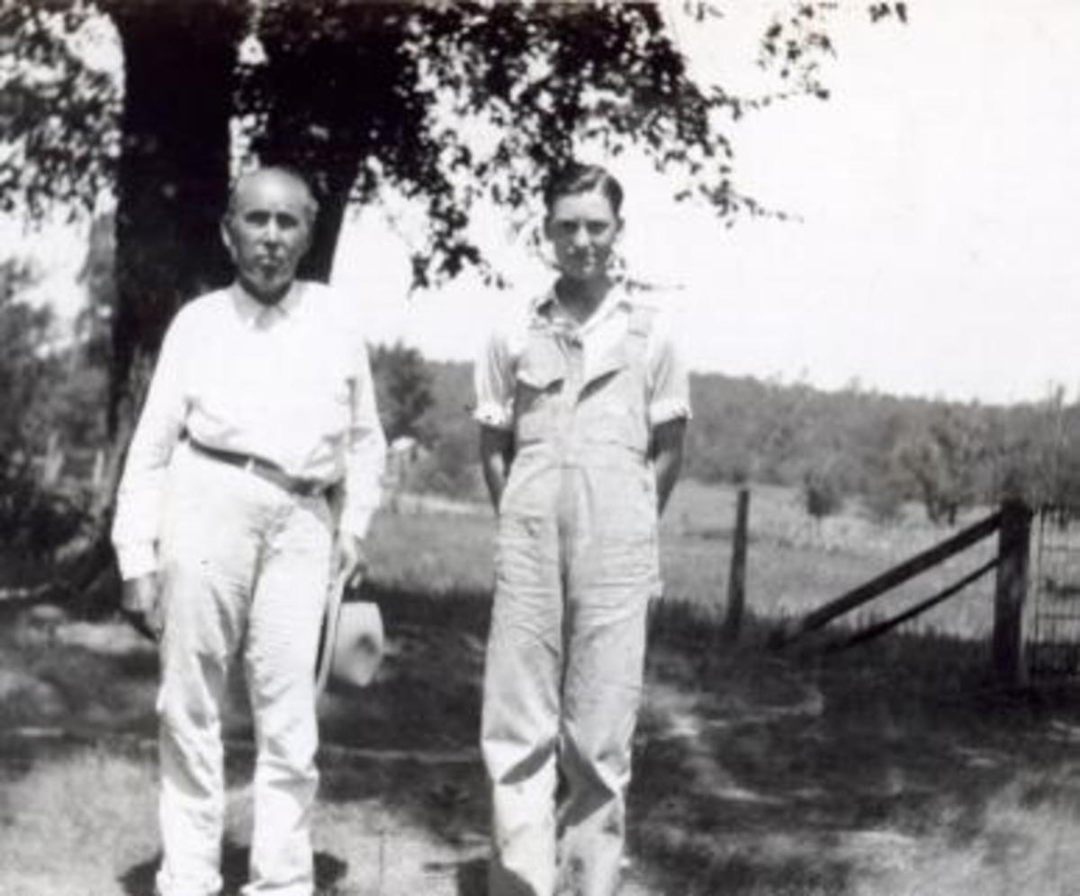 Peter Conser, age 86, and Preston Joe Conser at the Conser home, July 25, 1930.