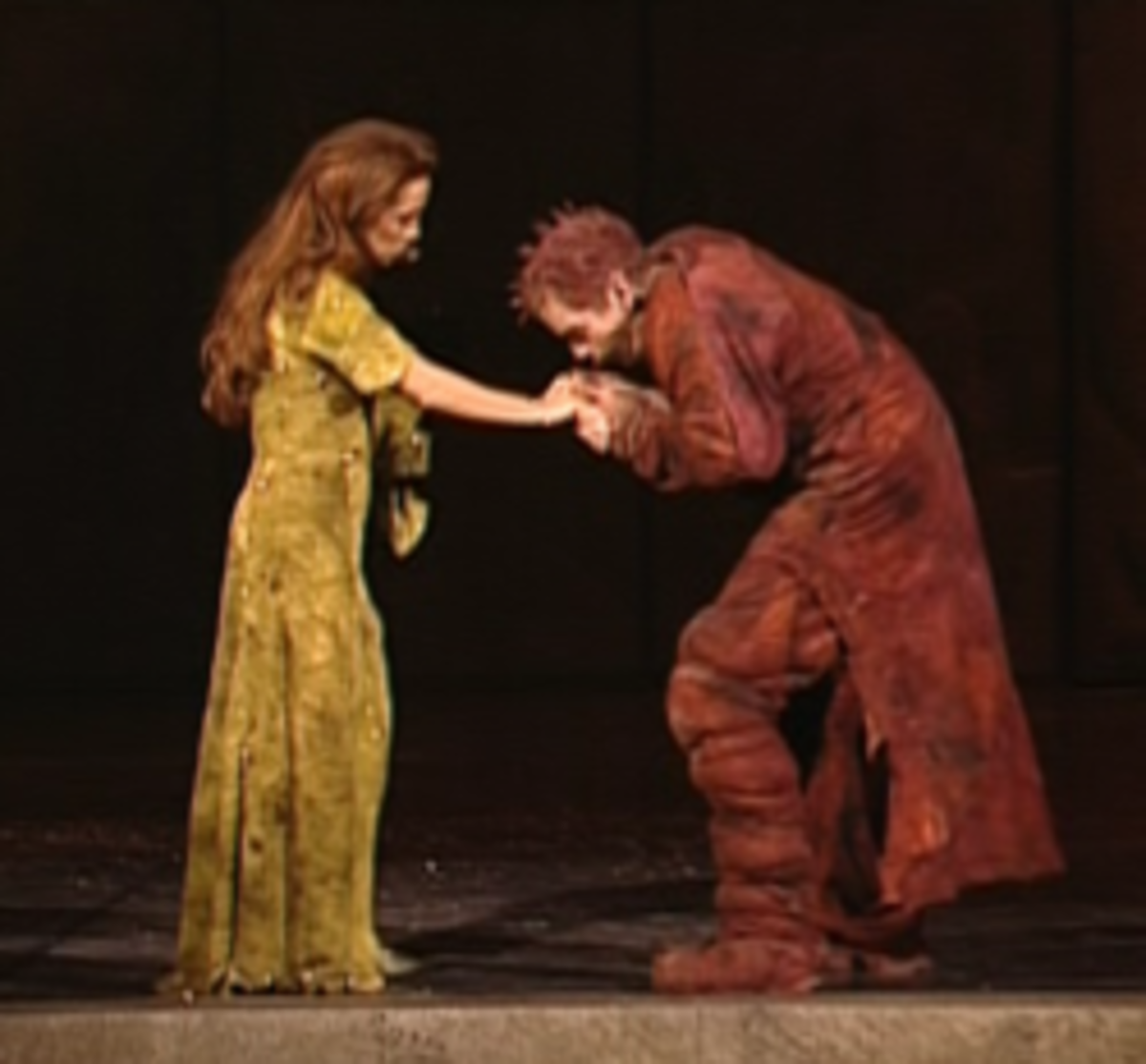 Helene Segara as Esmeralda and Garou as Quaismodo in the 1998 musical Notre Dame de Paris