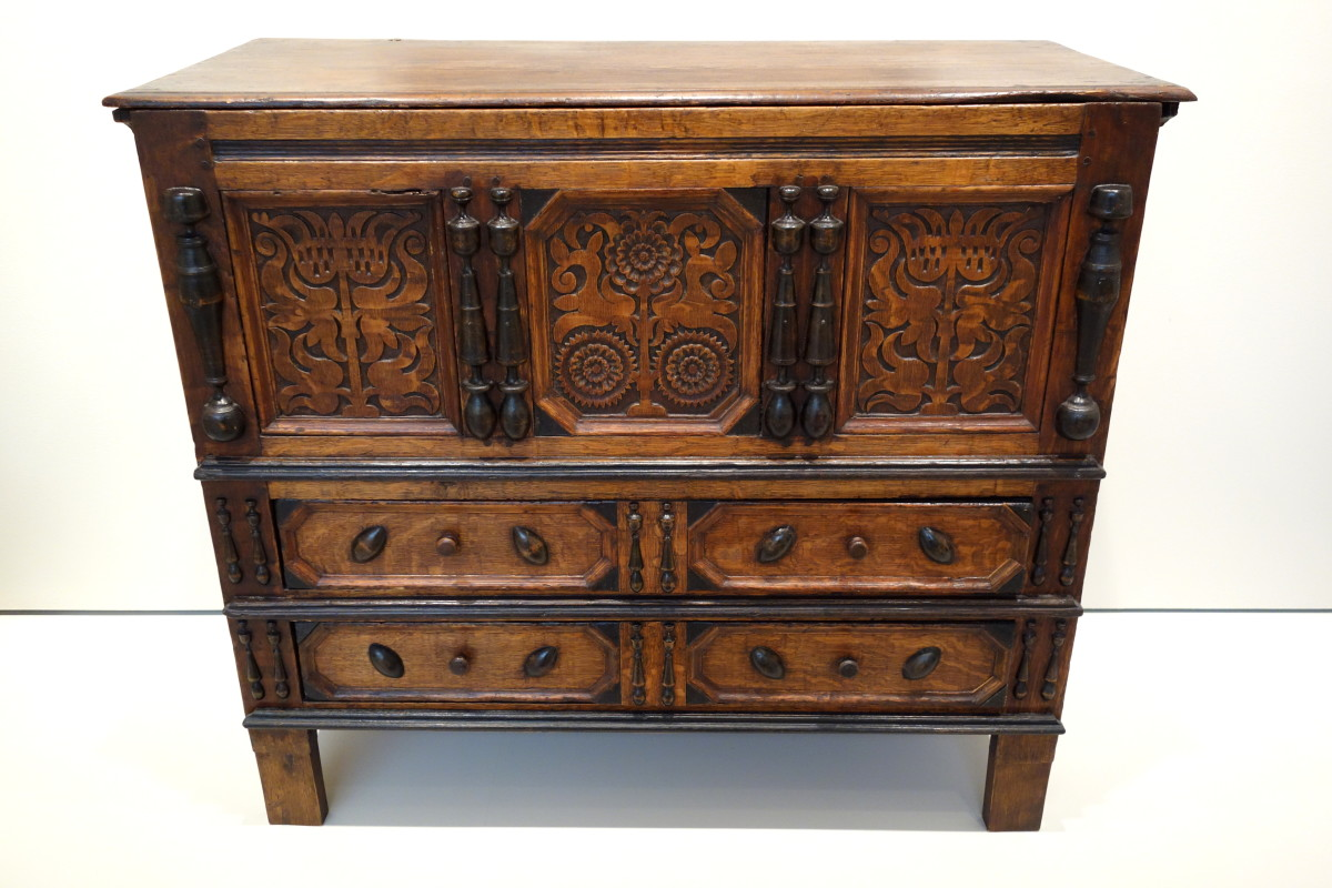 17th century American chest.