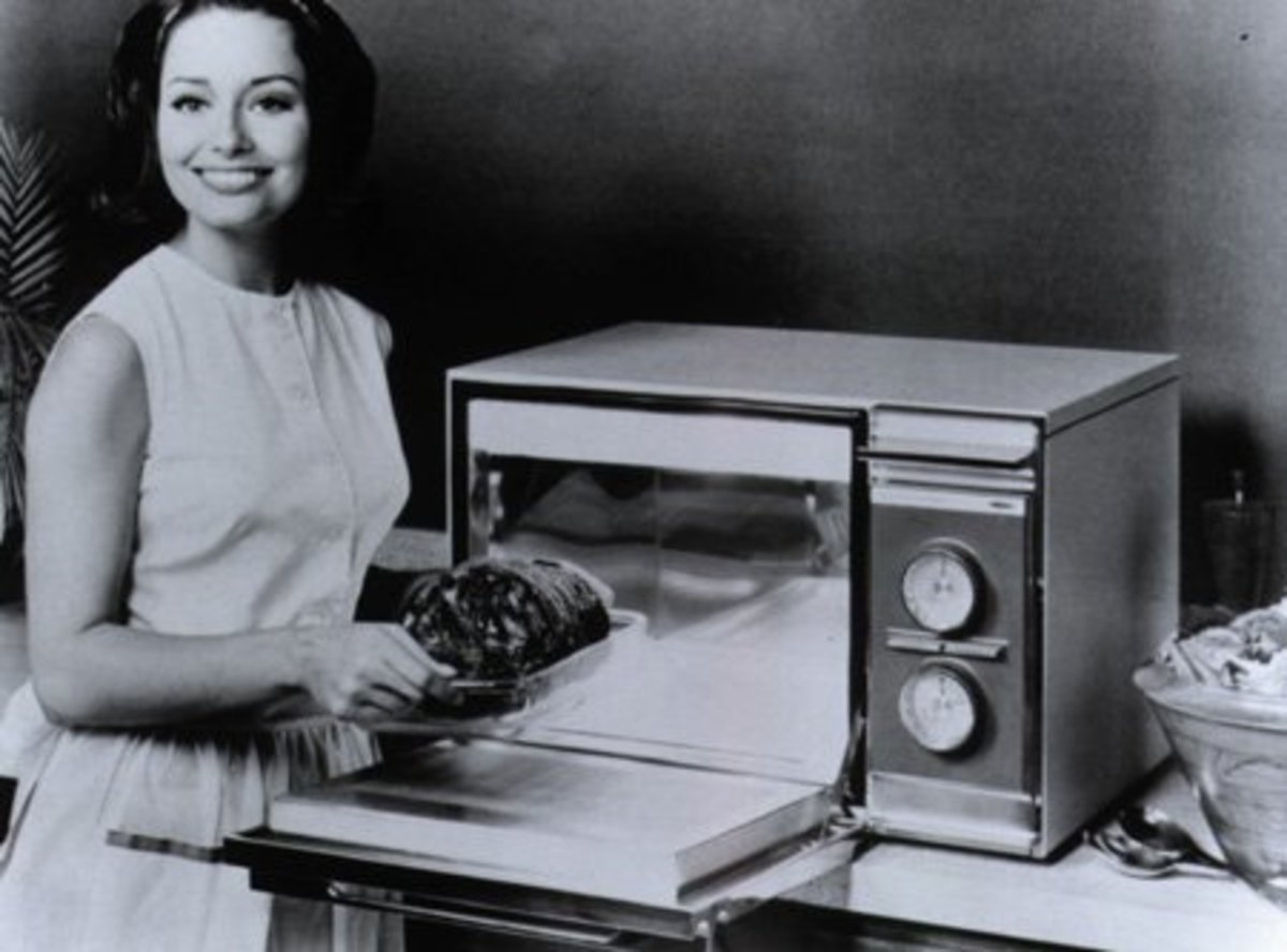 Microwaves can quickly and effectively heat your food, saving you a ton of effort in the kitchen during mealtimes.