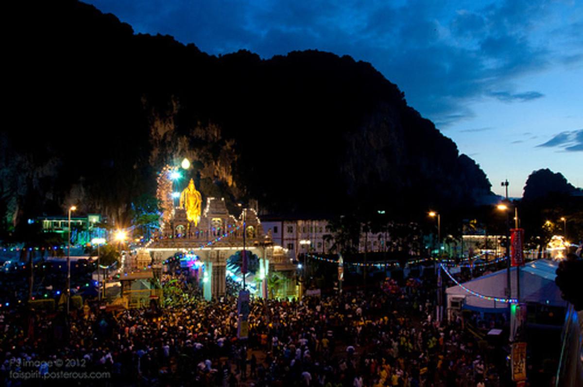 Devotees and visitors at Batu Caves for Thaipusam 2012
