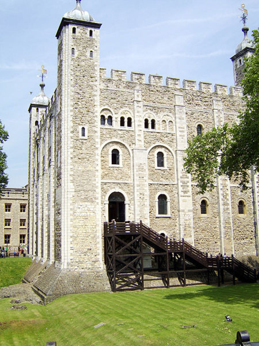 The White Tower at the Tower of London, where the princes' bones may have been found.