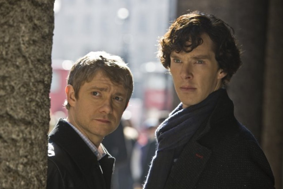 The new Holmes and Watson  (Martin Freeman as Watson (L) and Benedict Cumberbatch as Holmes (R))