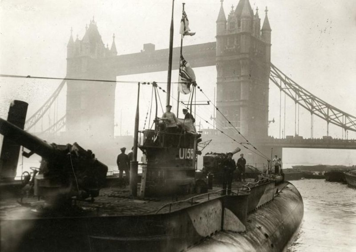 WW1: Uboat 155 (Deutschland) exhibited in London after World War I. Note the two 150-mm cannons, fore and aft.