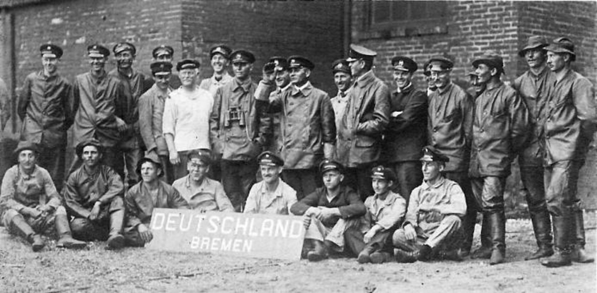 WW1: The Deutschland Crew in Baltimore-July 1916.  Captain Paul Koening is at center.
