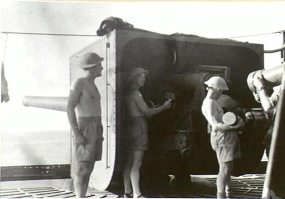 World War 2: 6 inch Mark VII gun on the Laconia.