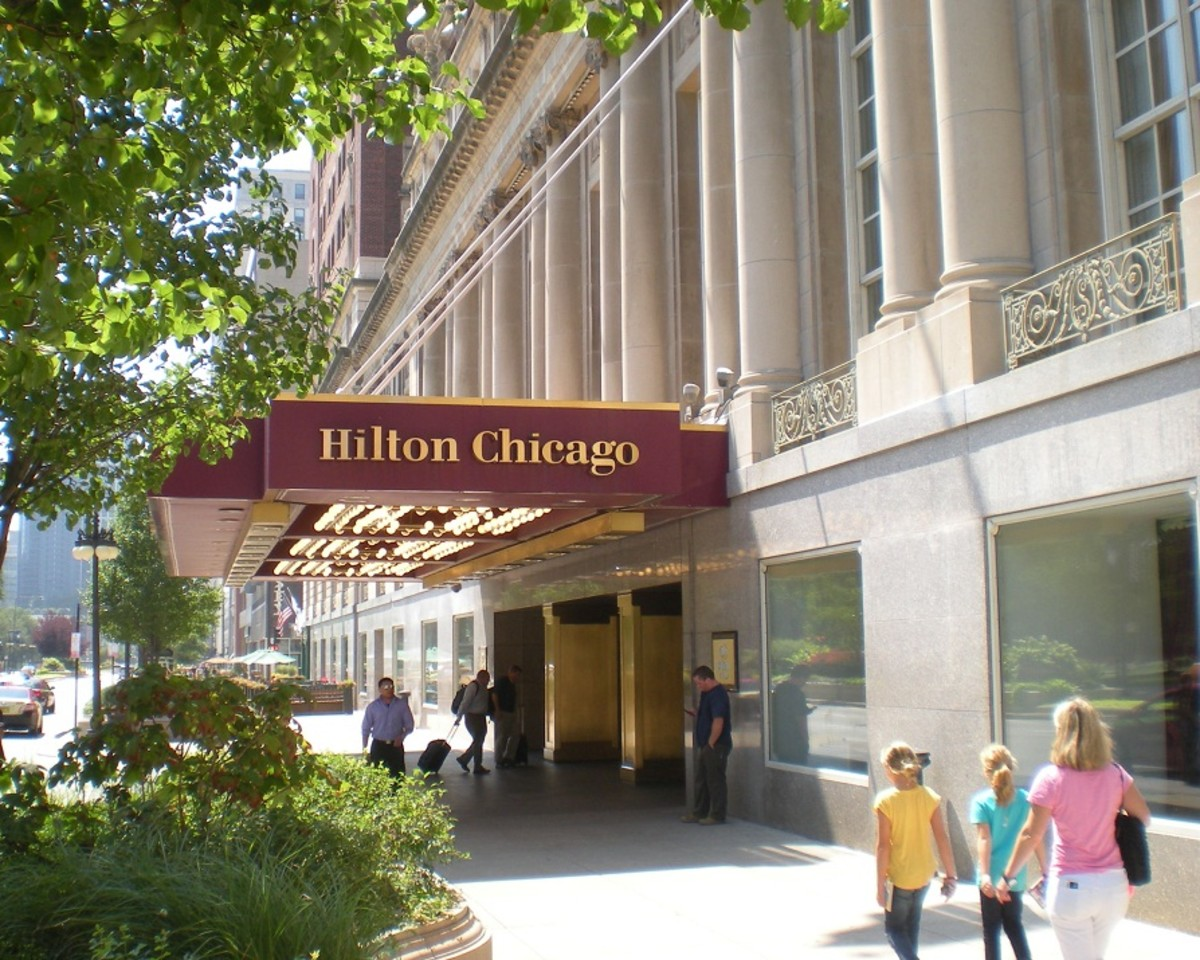 The Michigan Avenue entrance of the Hilton Chicago at 720 S. Michigan Ave.