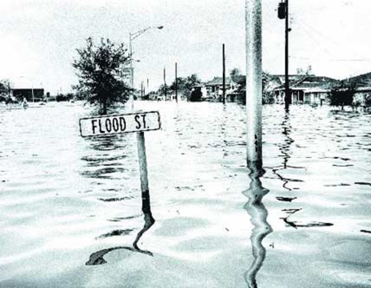 FLOODING FROM HURRICANE BETSY IN 1965