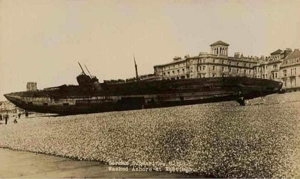 WWI: U-118 washed ashore at Hastings, Kent.
