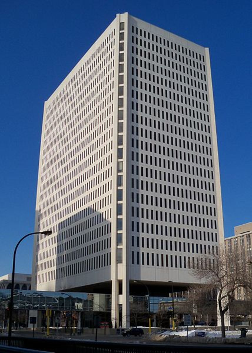 100 Washington Square, Minneapolis (1981).