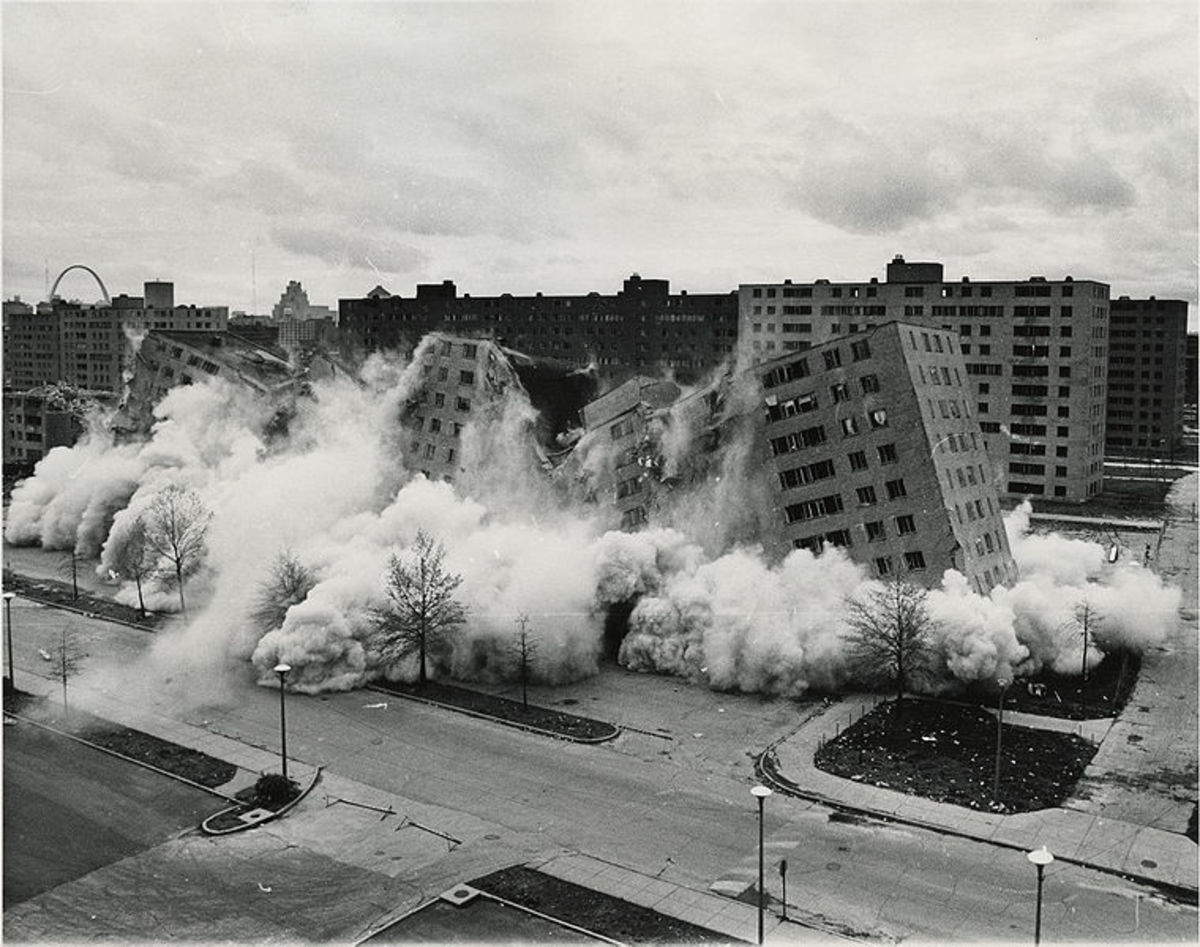 Two Pruit-Igoe buildings are demolished on national television in April 1972.