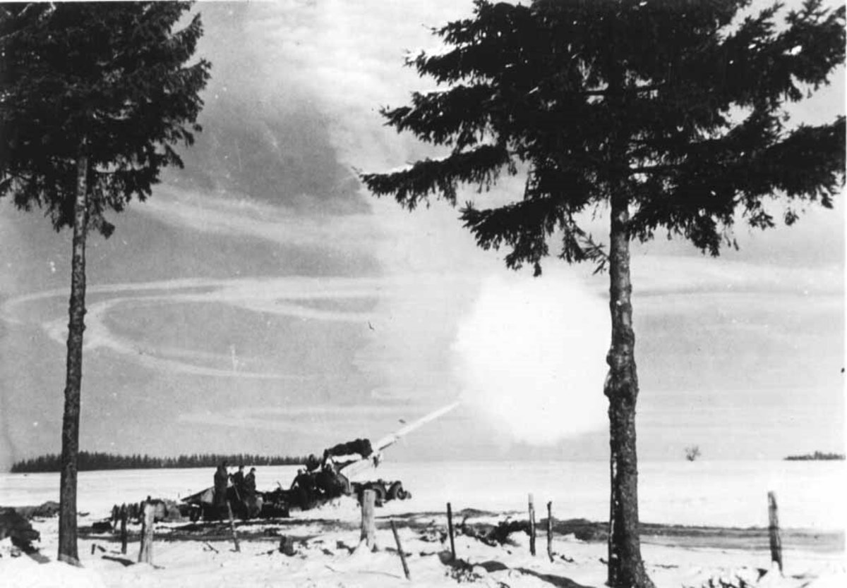155mm Long Tom firing during the Battle of the Bulge
