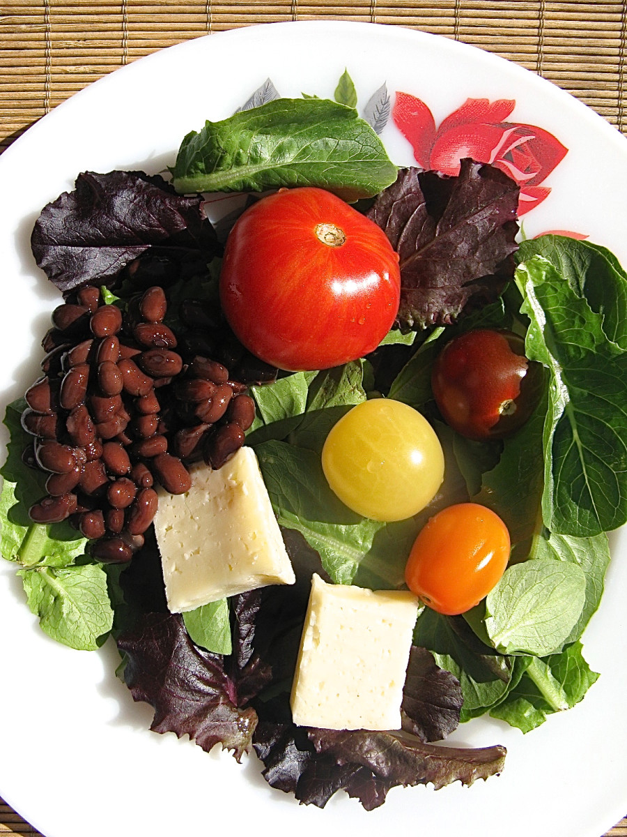 A healthy salad with low-fat cheese