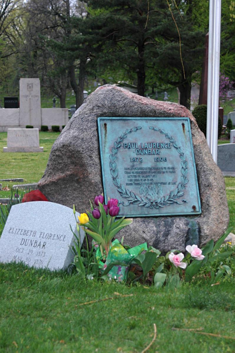 Own work, by Drabikrr. Taken at Woodland Cemetery, Dayton, Ohio. Gravestone of Paul Laurence Dunbar 1872–1906.