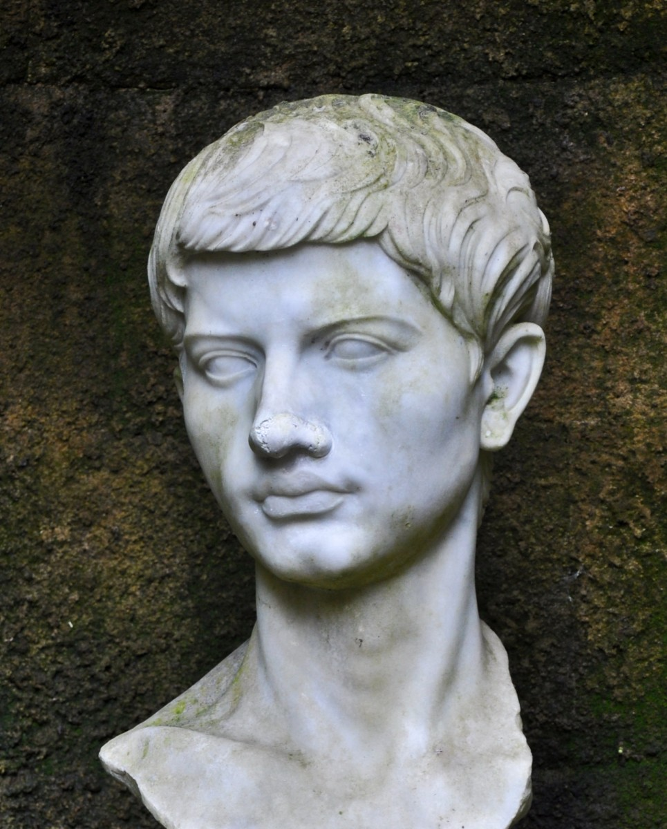 Bust of the Roman historian and poet Virgil.
