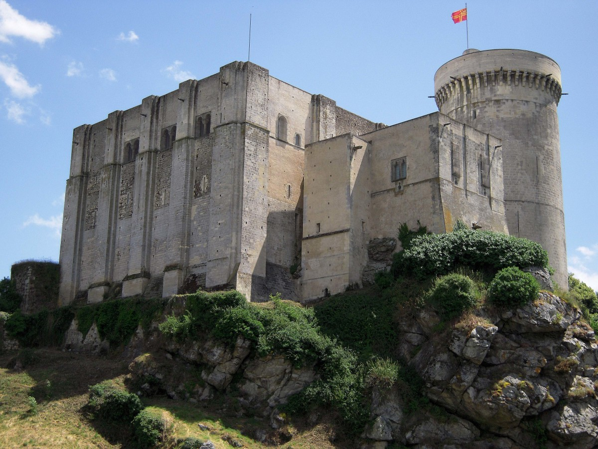 The Château de Falaise in France.  Castles were an effective way to provide protection for people and wealth.  In particular they provided safety to the lord, his family, and his servants and as a refuge place from rampaging enemy armies.
