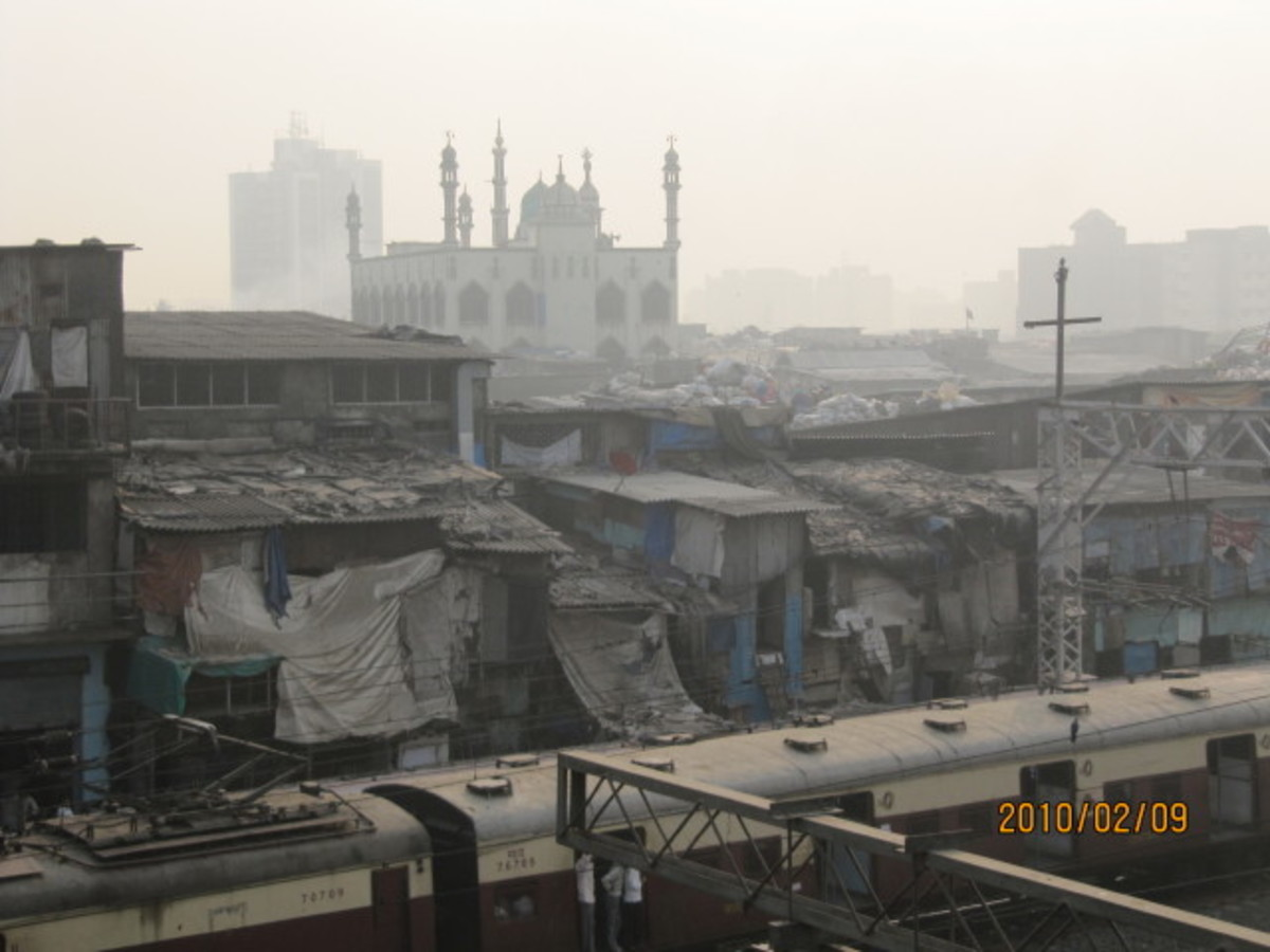 Dharavi slum in the Mumbai(Bombay) region.