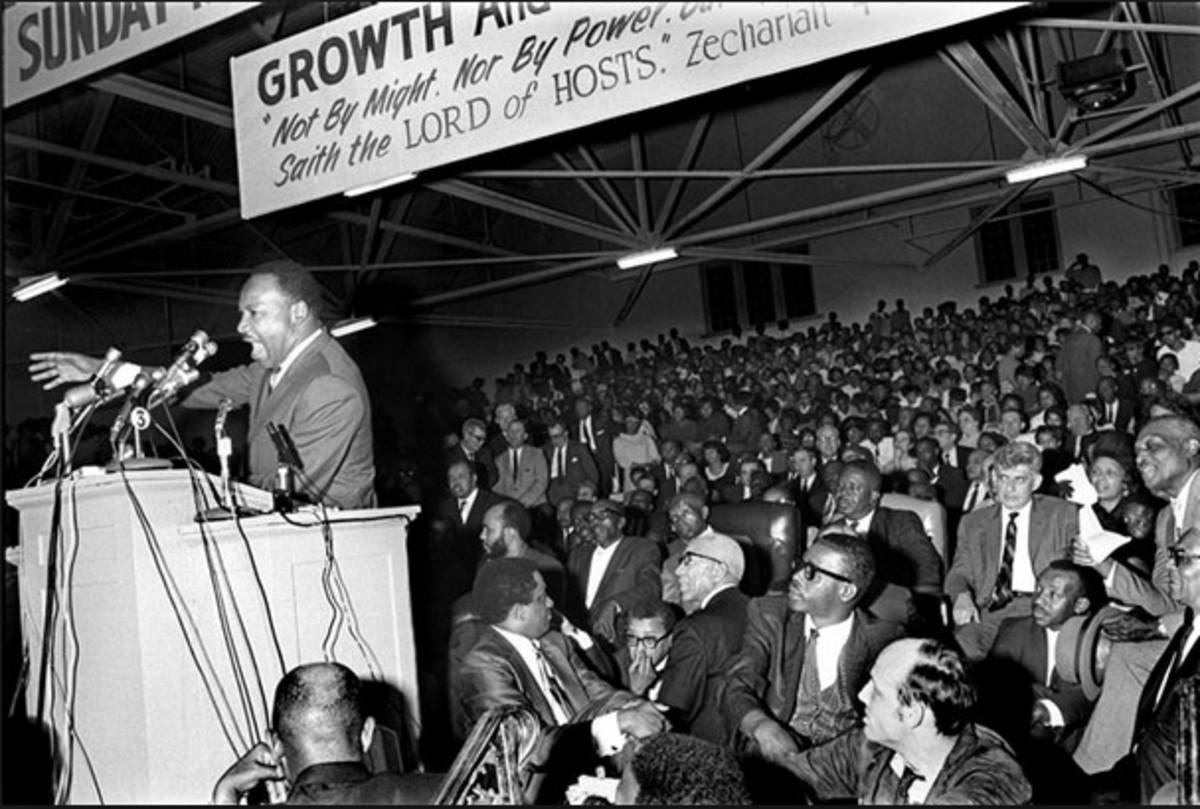 Martin Luther King Jr. spoke to more than 10,000 people at Mason Temple in Memphis, Tennessee in support of striking sanitation workers on March 18.  He pledged to return to Memphis on March 22 to lead a march.