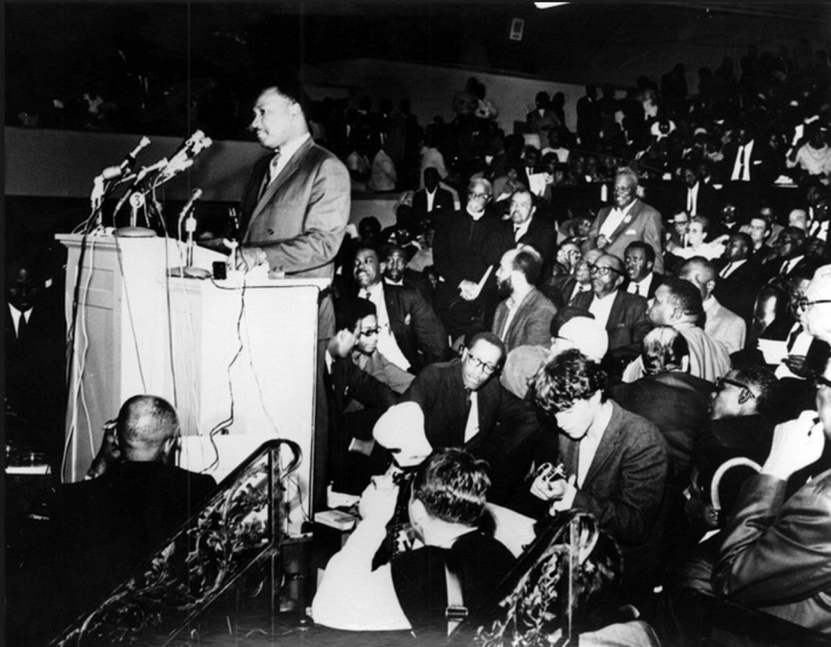 Dr. Martin Luther King, Jr. speaks to a crowd in Memphis during the AFSCME Local 1733 sanitation workers' strike.